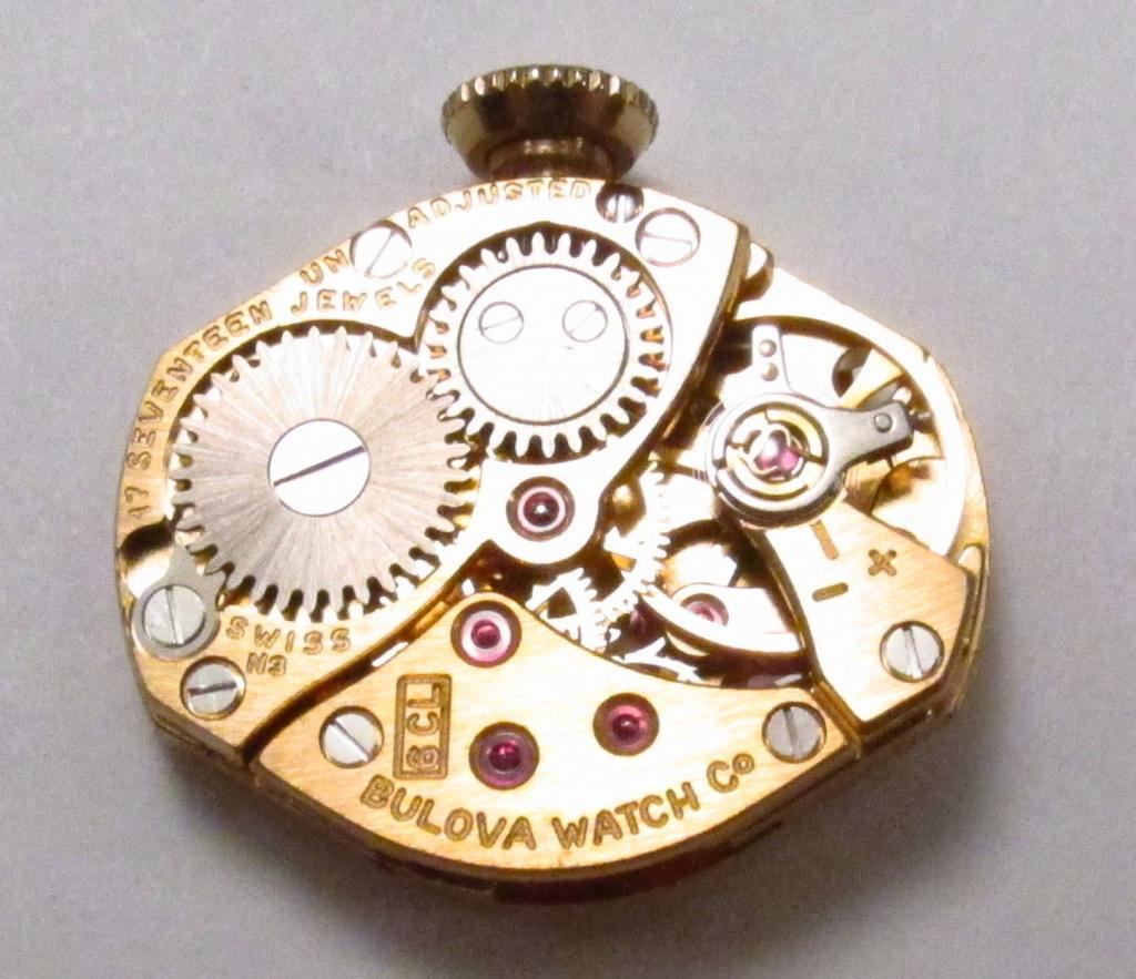 Movement 6CL, N3 1973 date code, 17 jewels, Swiss made.