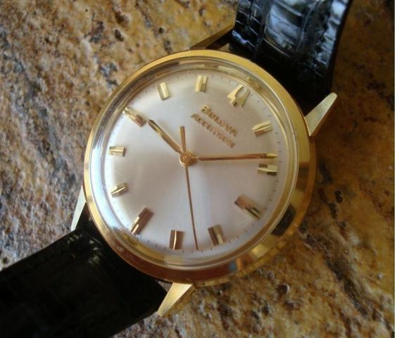 Bulova Accutron 1965 214H 18k Solid Gold Watch
