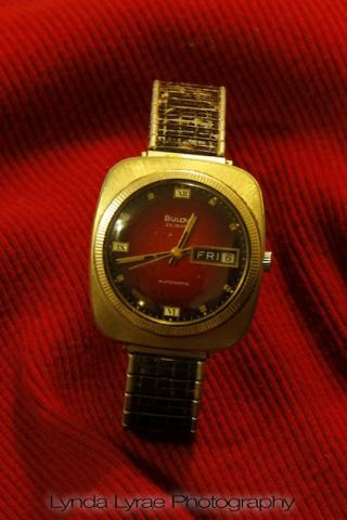Bulova watch gold plated case and bezel