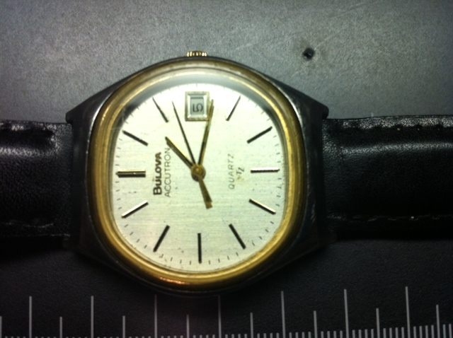 mirtlem 1977 Bulova Accutron Quartz 09 13 2014.jpg