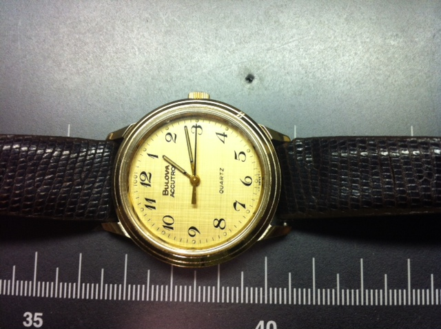 mirtlem 1978 Bulova Accutron Quartz 09 07 2014.jpg